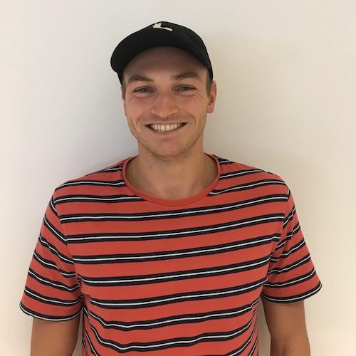 Hovenier en grasmaaier expert Harrie de Boer