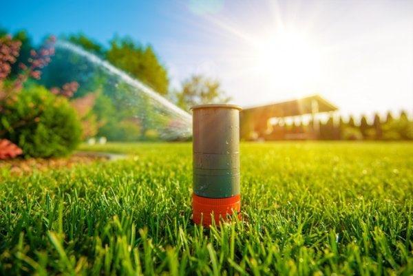 Sprinklersysteem aanleggen - Maaimachine.nl